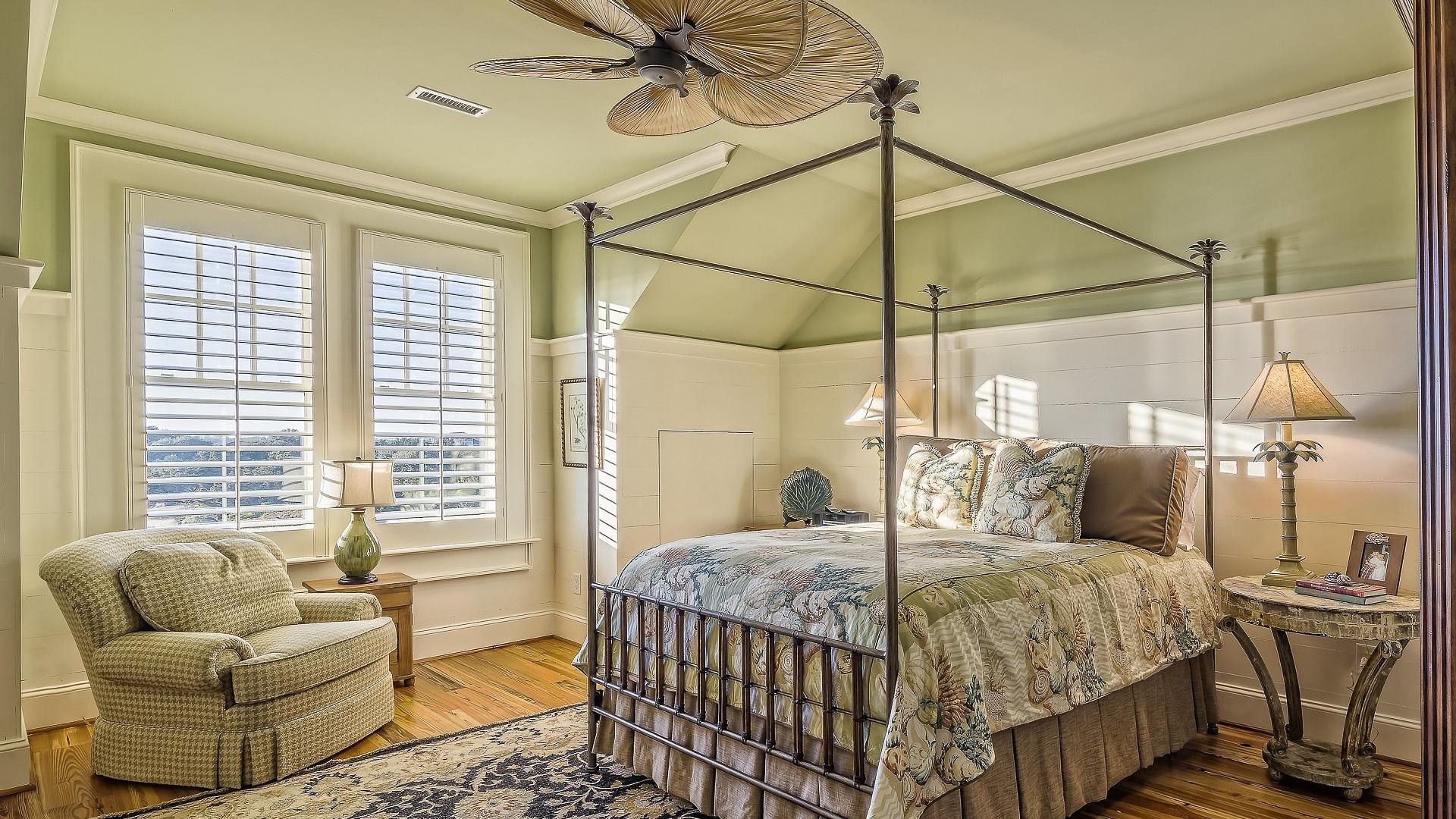 Le parquet flottant peut repr senter un tr s bon isolant for Tres bonne peinture pour plafond